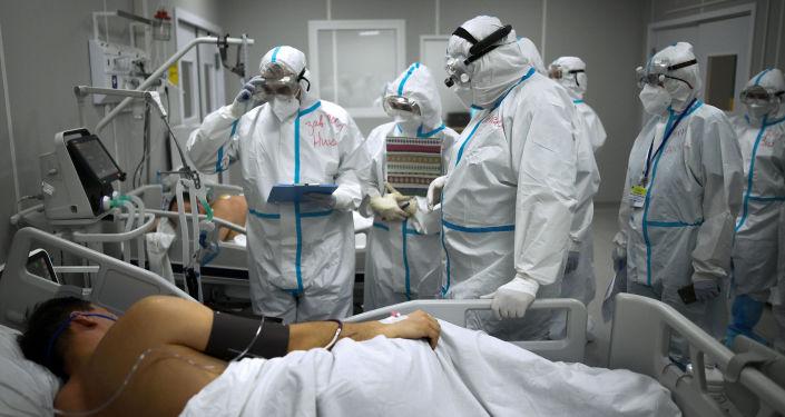 Эксперт: коронавирус может развить устойчивость к препаратам против него