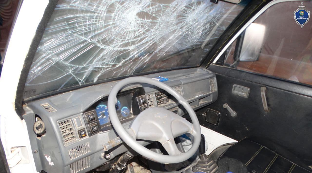 В Хорезме мужчина убил водителя «Дамаса», который ночью привез его сестру