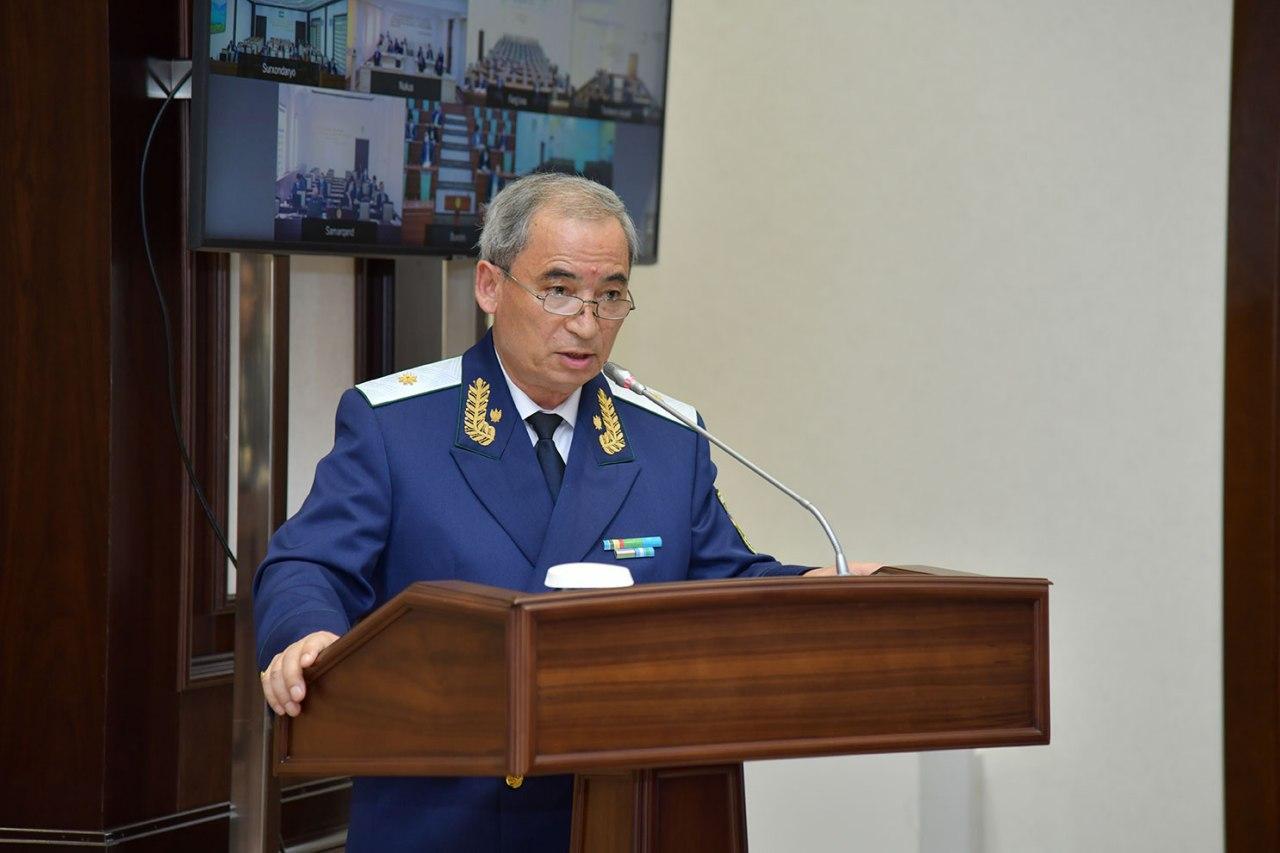 Абдухалим Холмахматов снят с должности заместителя генпрокурора