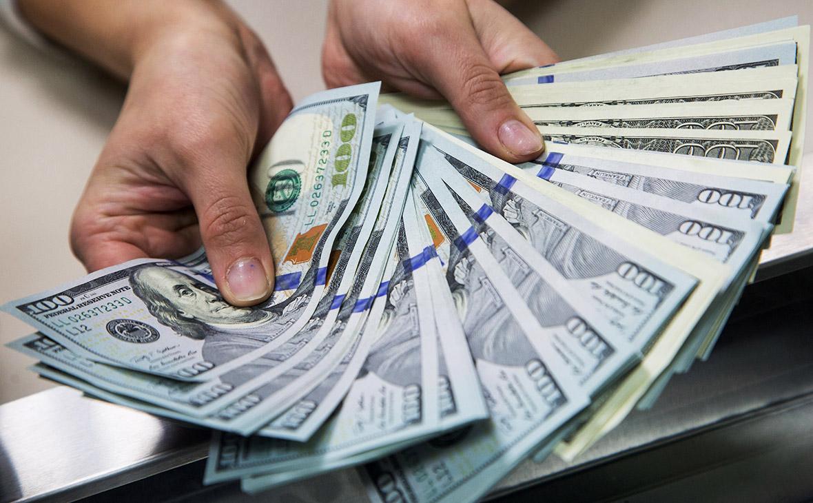 Названа сумма переведенных денежных средств в Узбекистан за январь