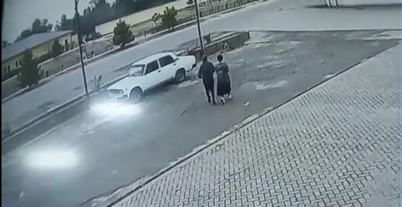 Житель Кашкадарьинской области сбил 15-летнюю девочку — видео