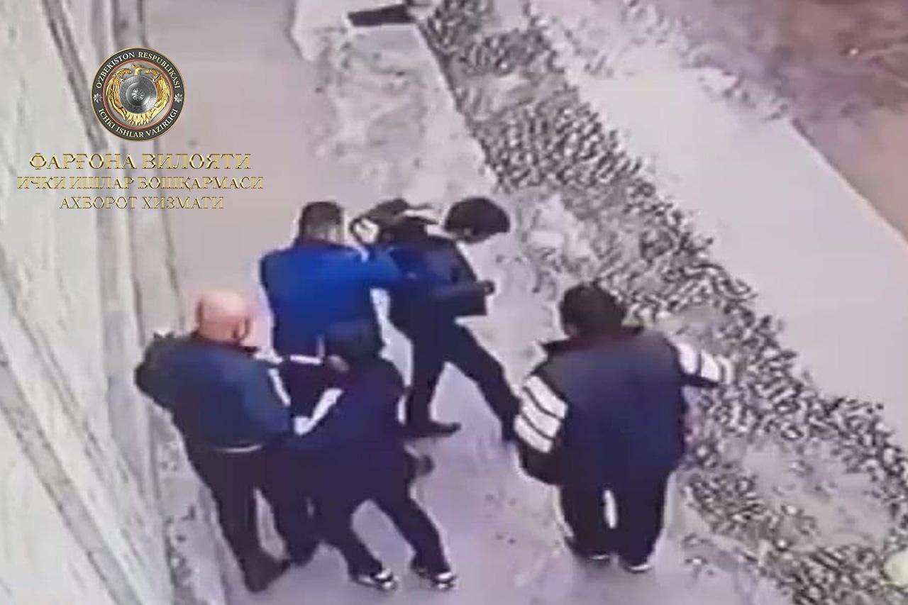 Двое граждан избили школьника в Ферганской области