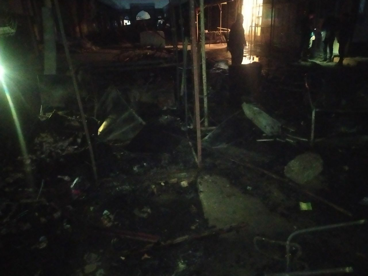 На скотобойне рынка Гулистана произошел пожар