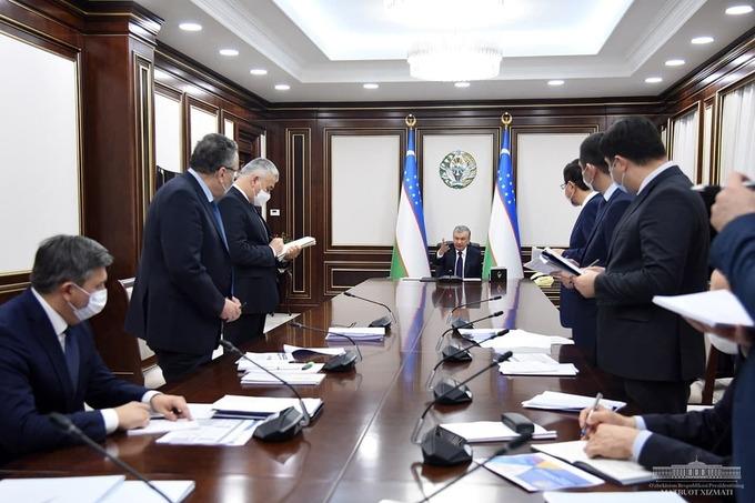 Вице-премьер — о том, почему чиновники ведут записи в блокнотах на встречах с президентом