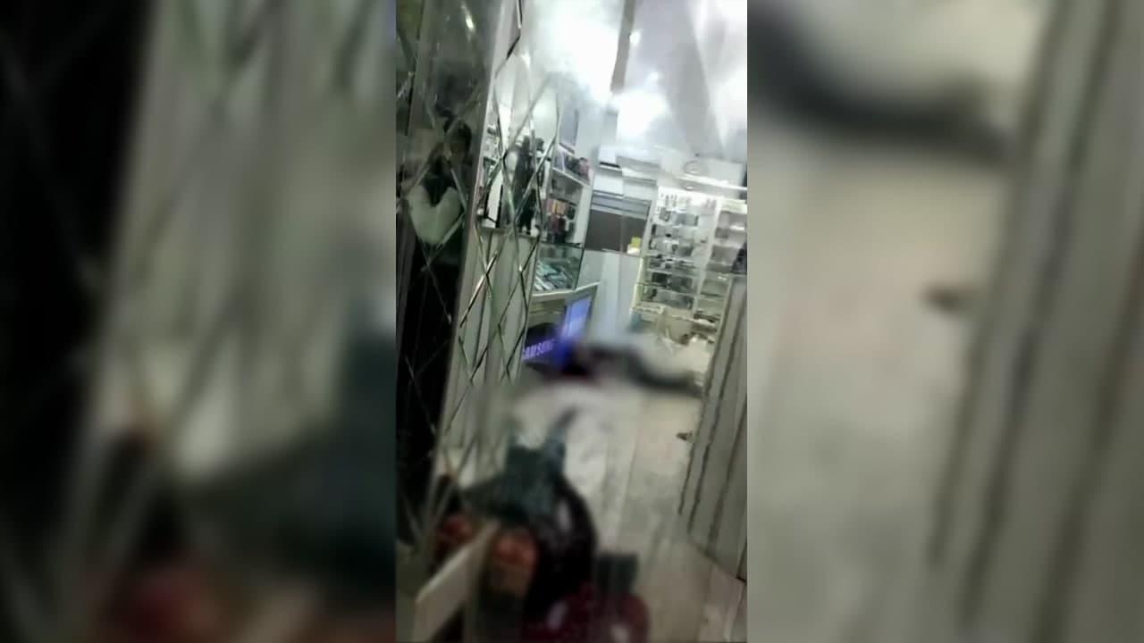 Вынесен приговор узбекистанцу, который зарезал свою жену и ее любовника в торговом центре — видео