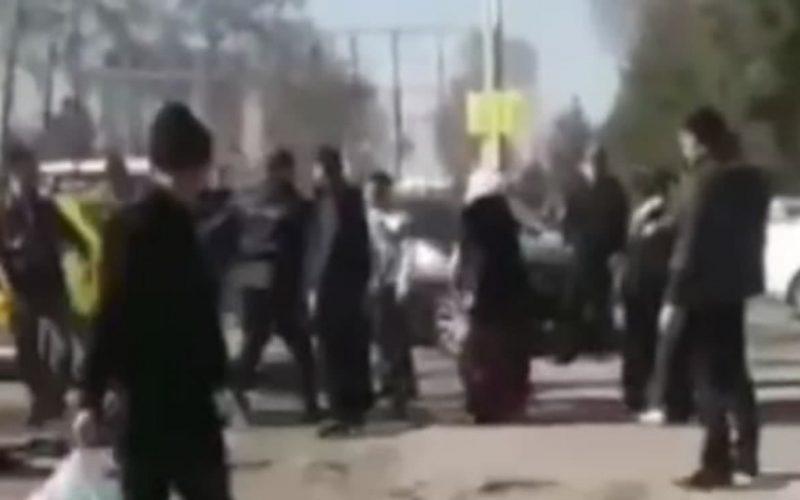В Фергане водители устроили массовую драку — видео
