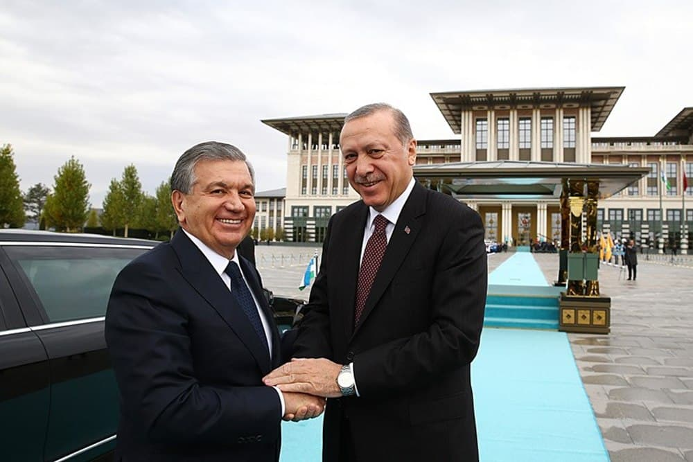 Шавкат Мирзиёев поздравил Реджепа Эрдогана с днем рождения