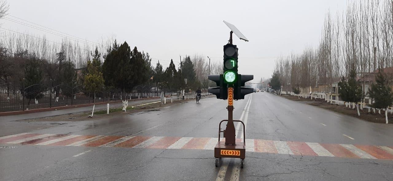 Переносные светофоры стали использоваться в Ферганской области