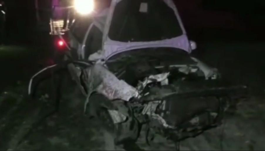 В Дехканабадском районе Lacetti упал в 45 метровый овраг — видео