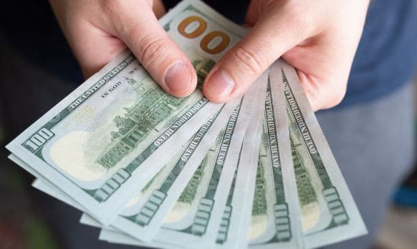 В Кашкадарье мужчина хотел трудоустроить знакомого в Нацгвардию за две тысячи долларов