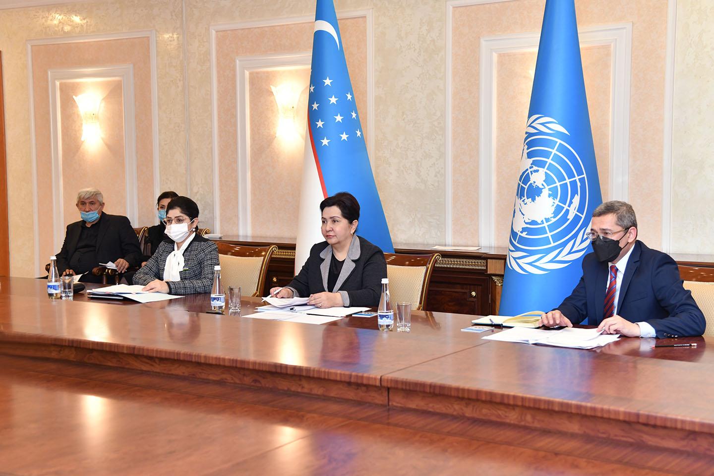 Женщины лидеры Центрально-Азиатских стран обсудили защиту прав женщин онлайн