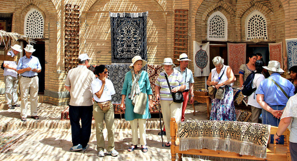 Внутренние поездки для узбекистанцев станут дешевле до 40 процентов