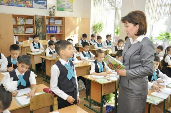 В Сурхандарьинской и Кашкадарьинской областях организуют педагогические классы в 10 ведущих школах