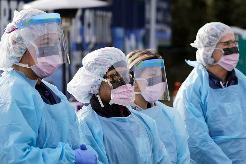Два типа мутаций коронавируса распространились в Казахстане