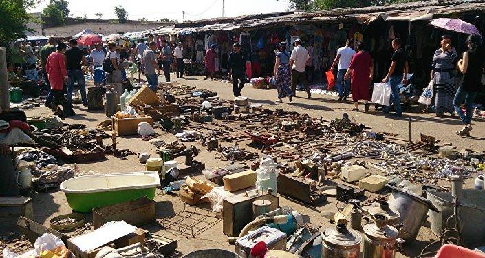 52-летнюю продавщицу избили на спецрынке «Янгиабад»
