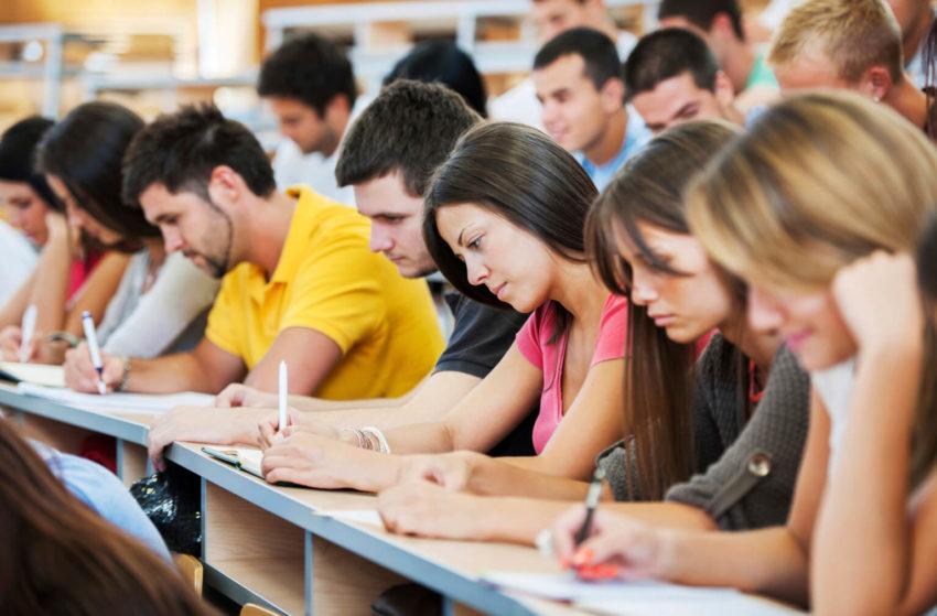 Студентам из ряда стран разрешили вернуться на учебу в Россию
