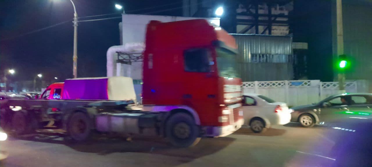 Водитель грузовика задавил пенсионерку в Ташкенте