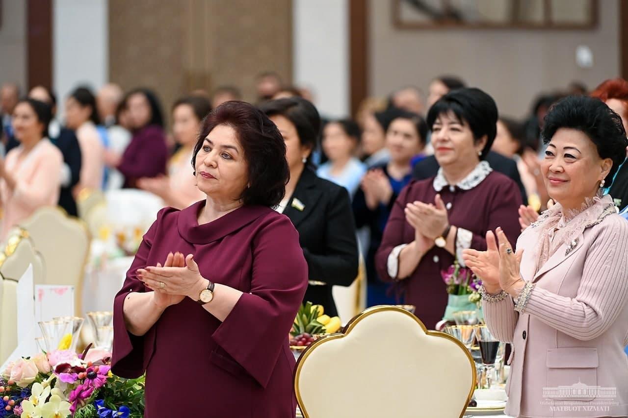 Около полутора тысяч женщин Узбекистана занимают руководящие должности