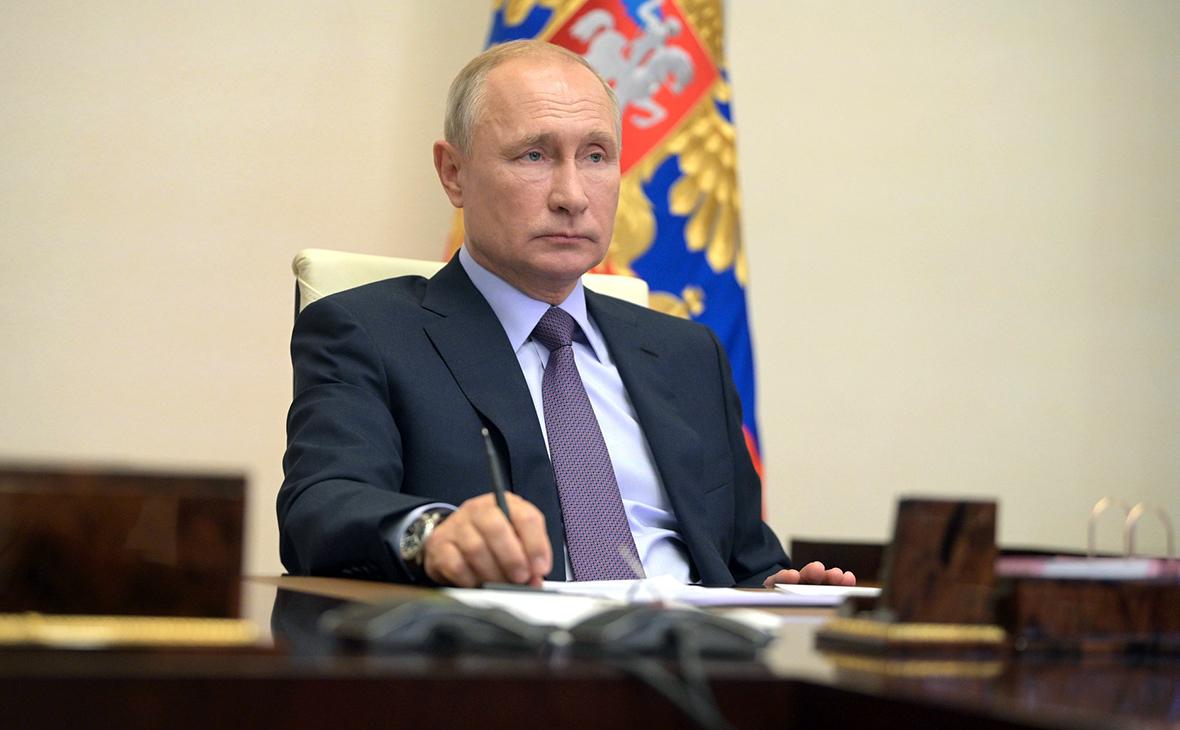 Владимир Путин привьется от коронавируса 23 марта