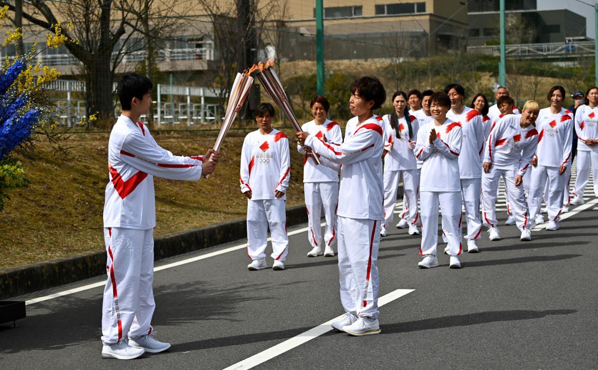 В Японии стартовала эстафета олимпийского огня — видео