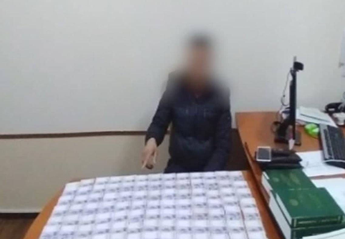 В Ташобласти мужчина пытался дать взятку сотруднику ДПС в размере пяти миллионов сумов