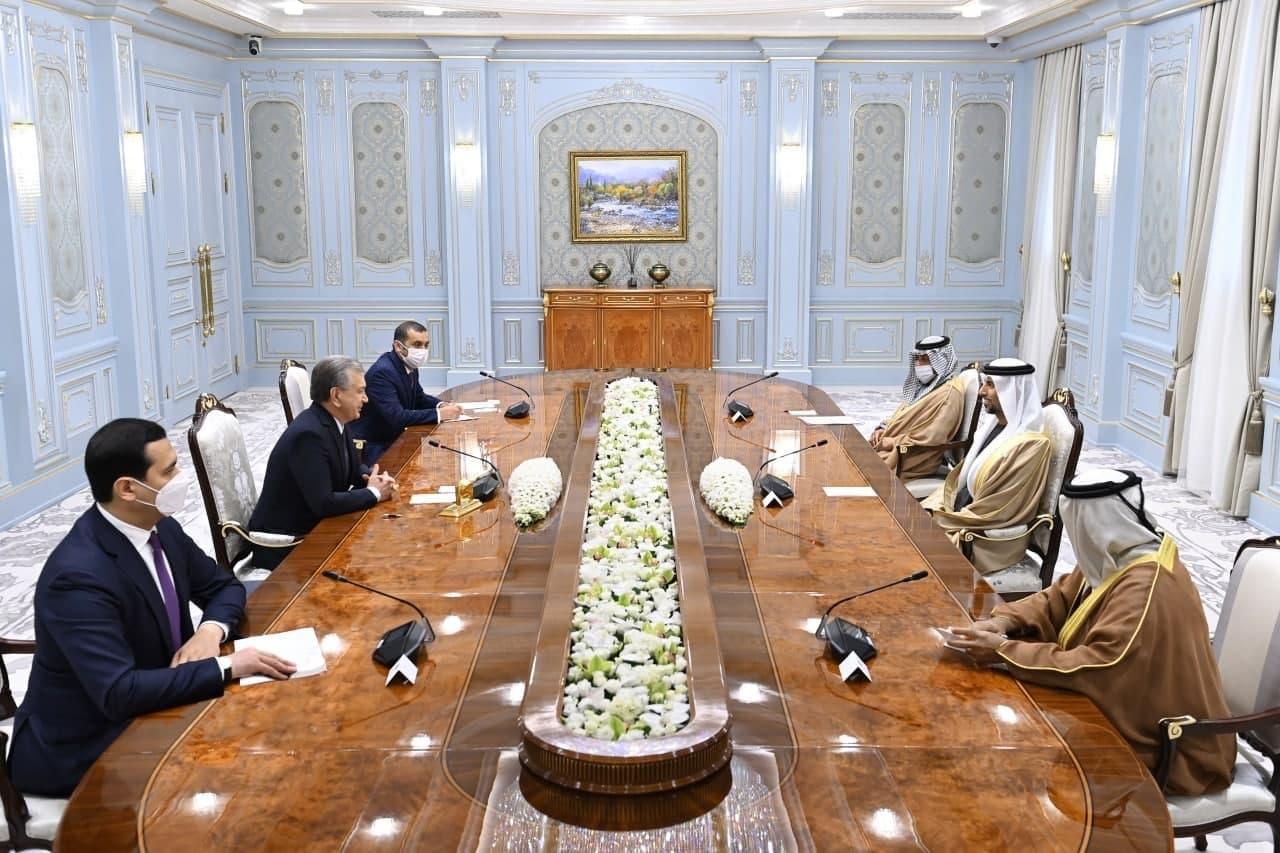 Президент принял делегацию ОАЭ
