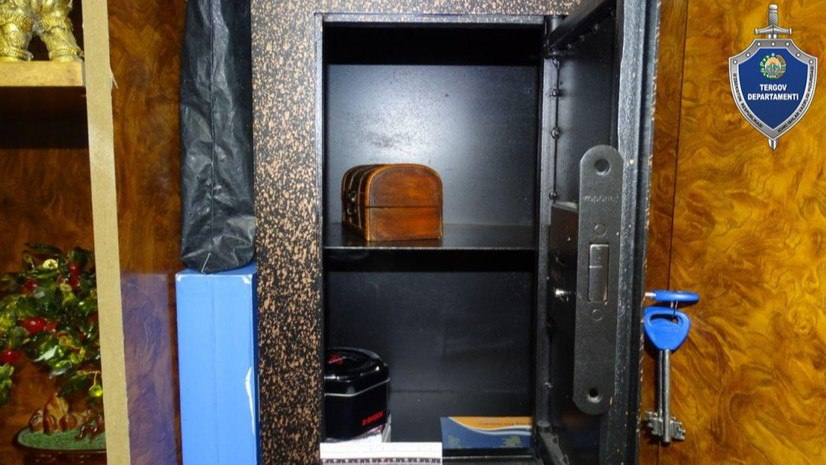 В Намангане мужчина обокрал дом родителей