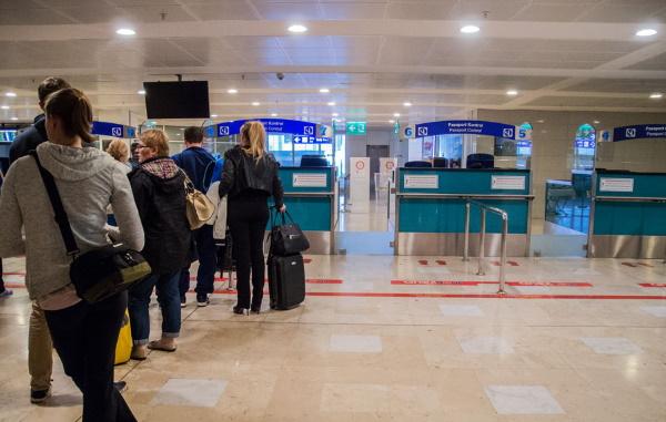Узбекистанцам для полета в Турцию нужно пройти электронное обследование