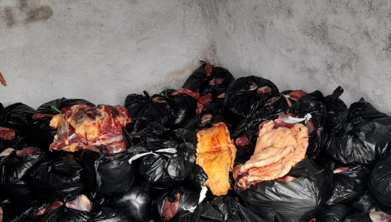 В Кашкадарьинской области задержан водитель, перевозивший 800 килограмм непригодного мяса