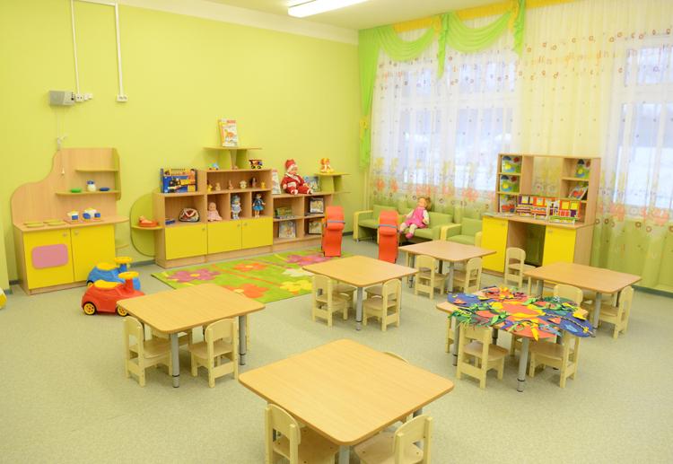 Дети и воспитательницы заразились коронавирусом в одном из детсадов Ташкента