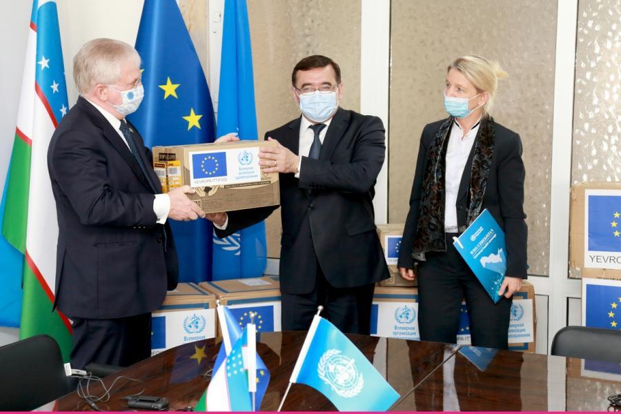 В Узбекистан доставили гуманитарный груз от ВОЗ