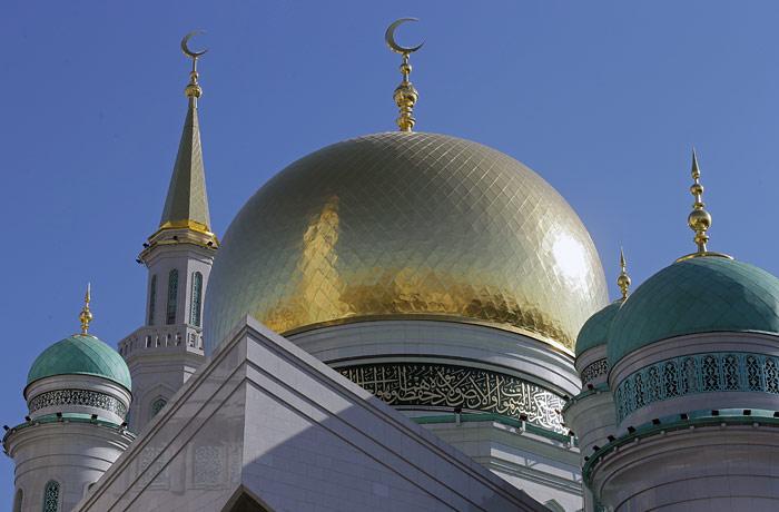 В некоторых вузах Узбекистана введут учебную программу по паломническому туризму