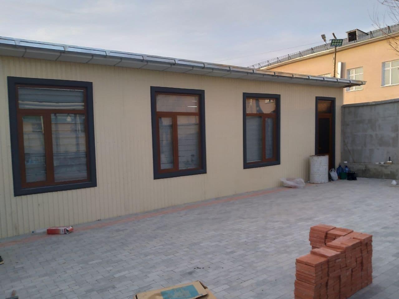 Первый зампредседателя Сената Олий Мажлиса высказался о переезде в контейнер хокима Наманганской области
