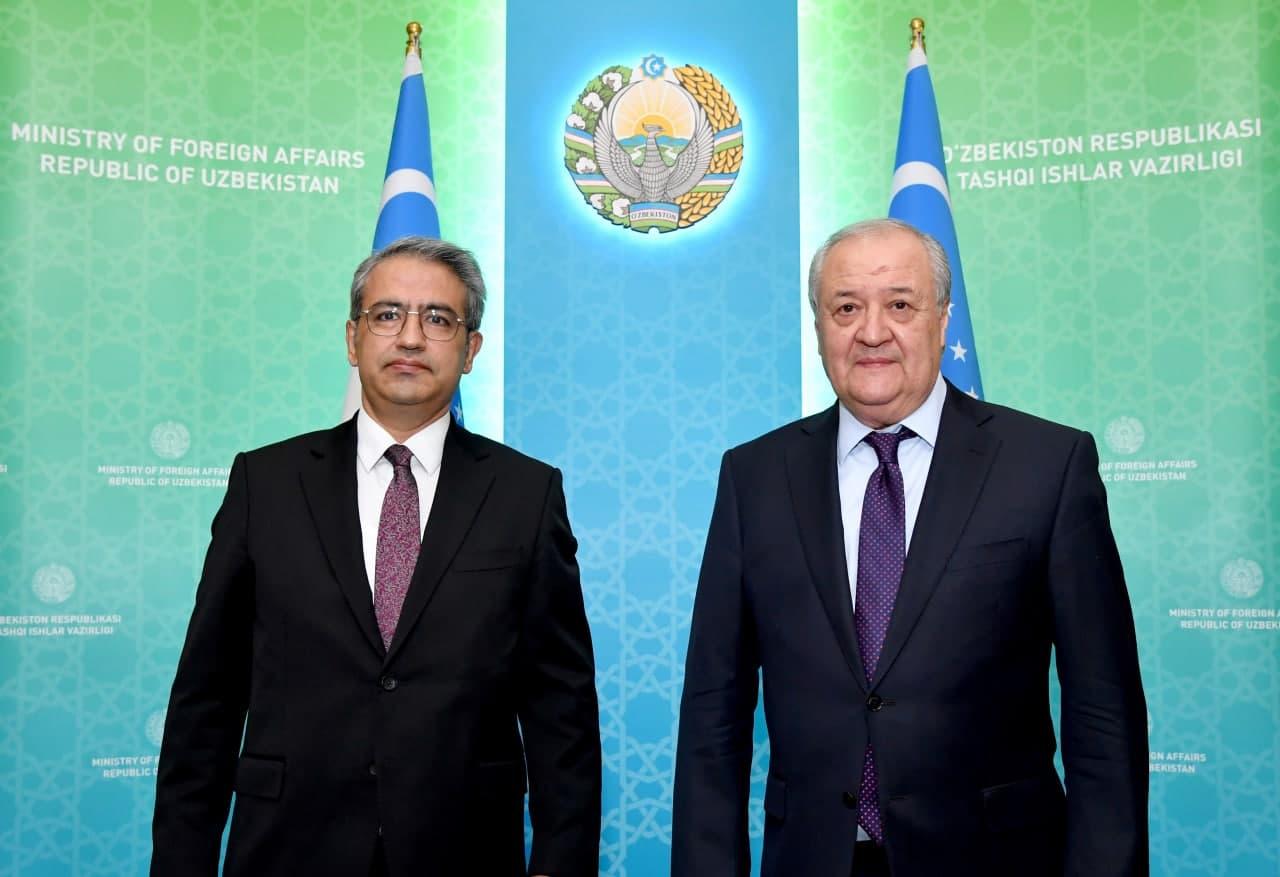 Абдулазиз Камилов принял вновь назначенного посла Турции Олгана Бекара