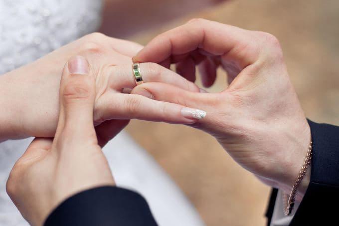 Названо количество браков за последние 10 лет в Узбекистане