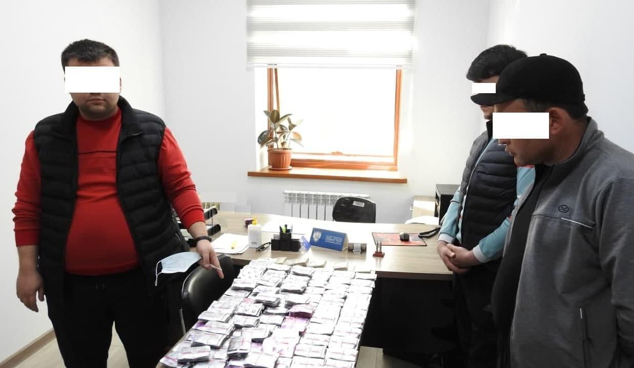 В Ташкенте гражданин пытался незаконно продать лекарства за 150 миллионов сумов