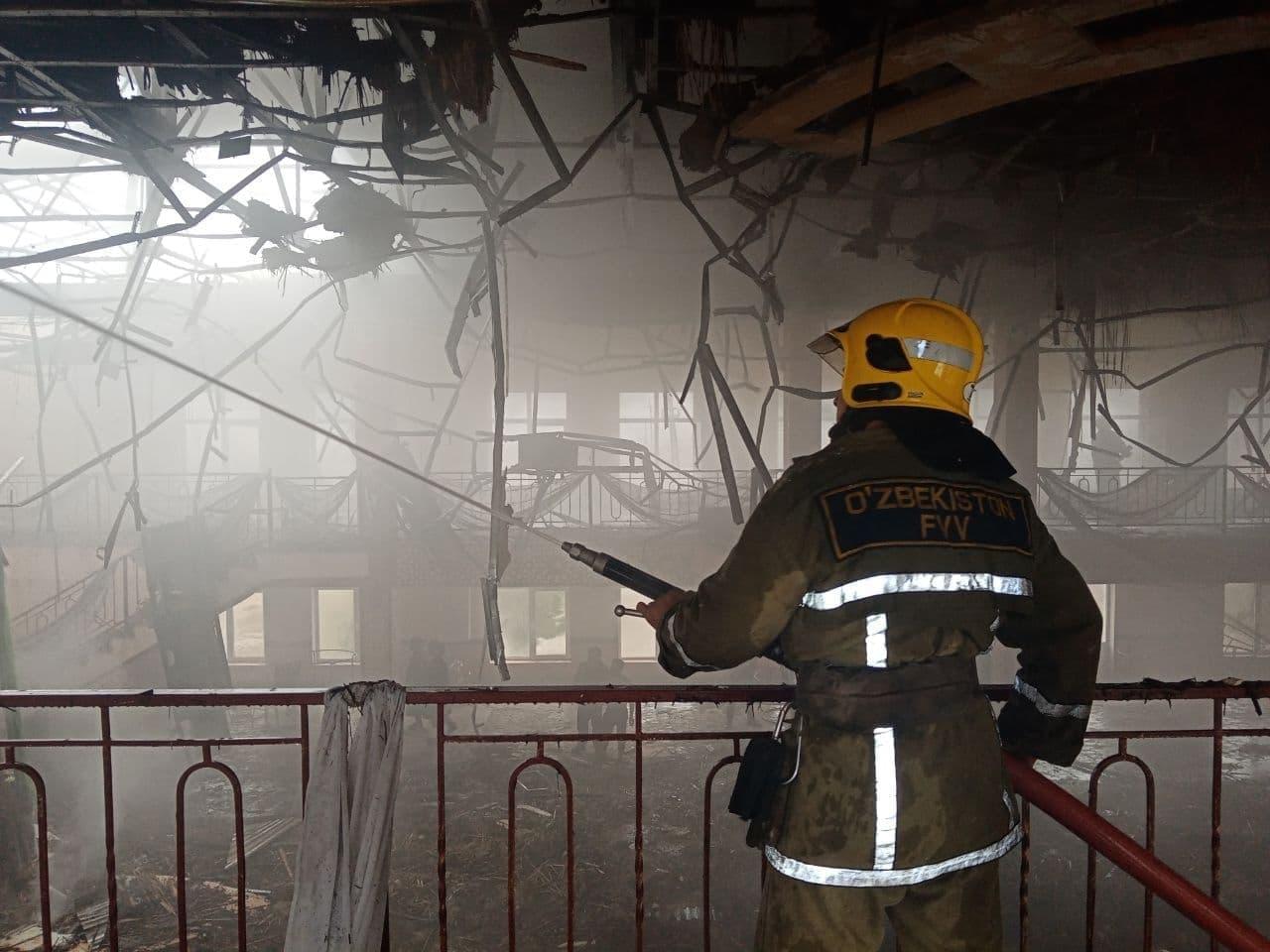 В Самаркандской области загорелся один из ресторанов