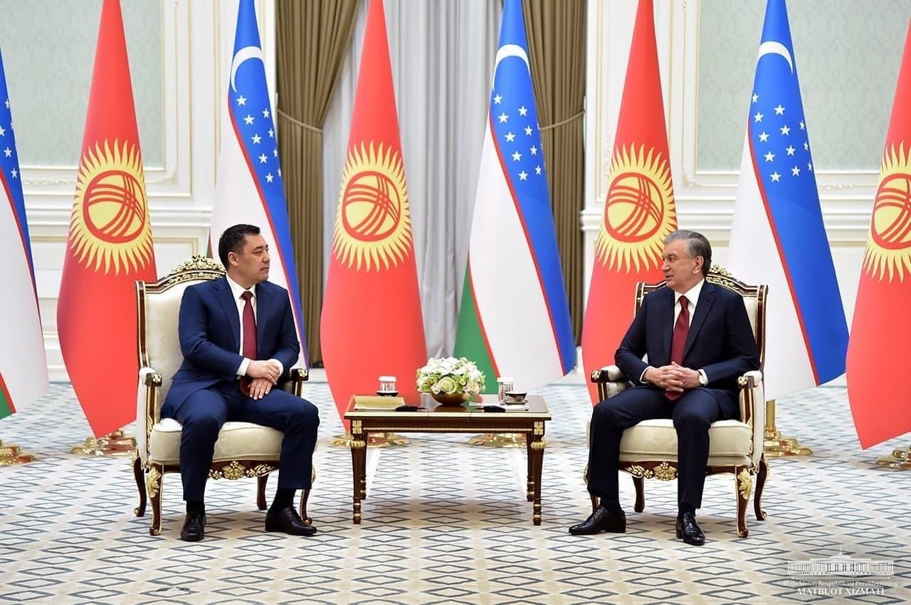 Шавкат Мирзиёев и Садыр Жапаров провели переговоры в резиденции Куксарой