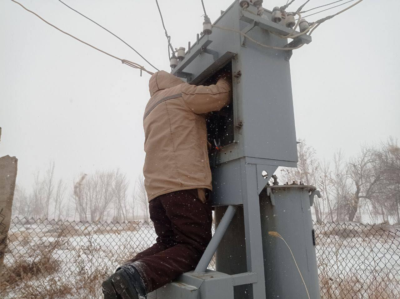 В нескольких регионах страны наблюдались перебои с электричеством