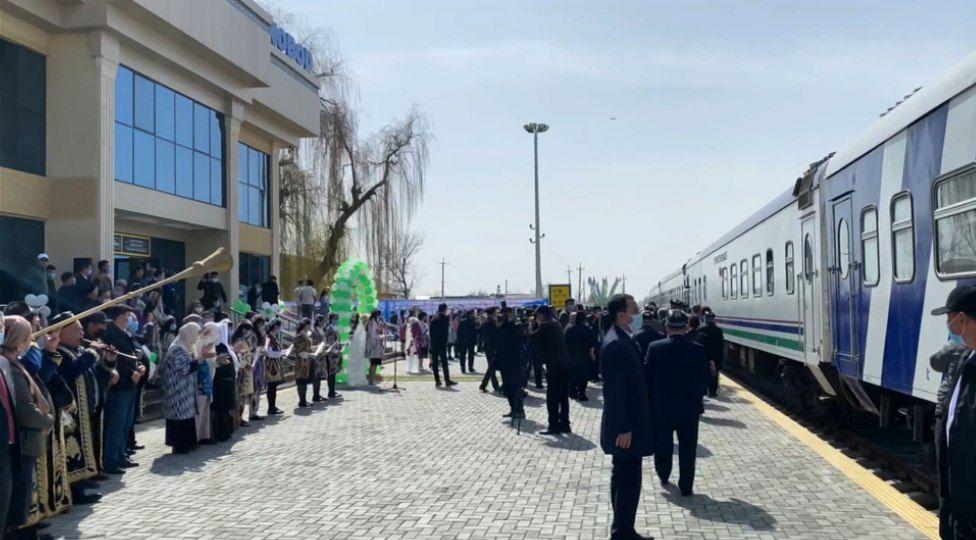 В Андижанской области открылся ж/д вокзал — видео