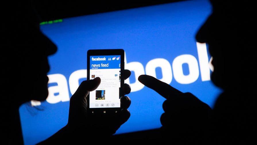 Произошел глобальный сбой у Facebook и принадлежащих ему Instagram и WhatsApp