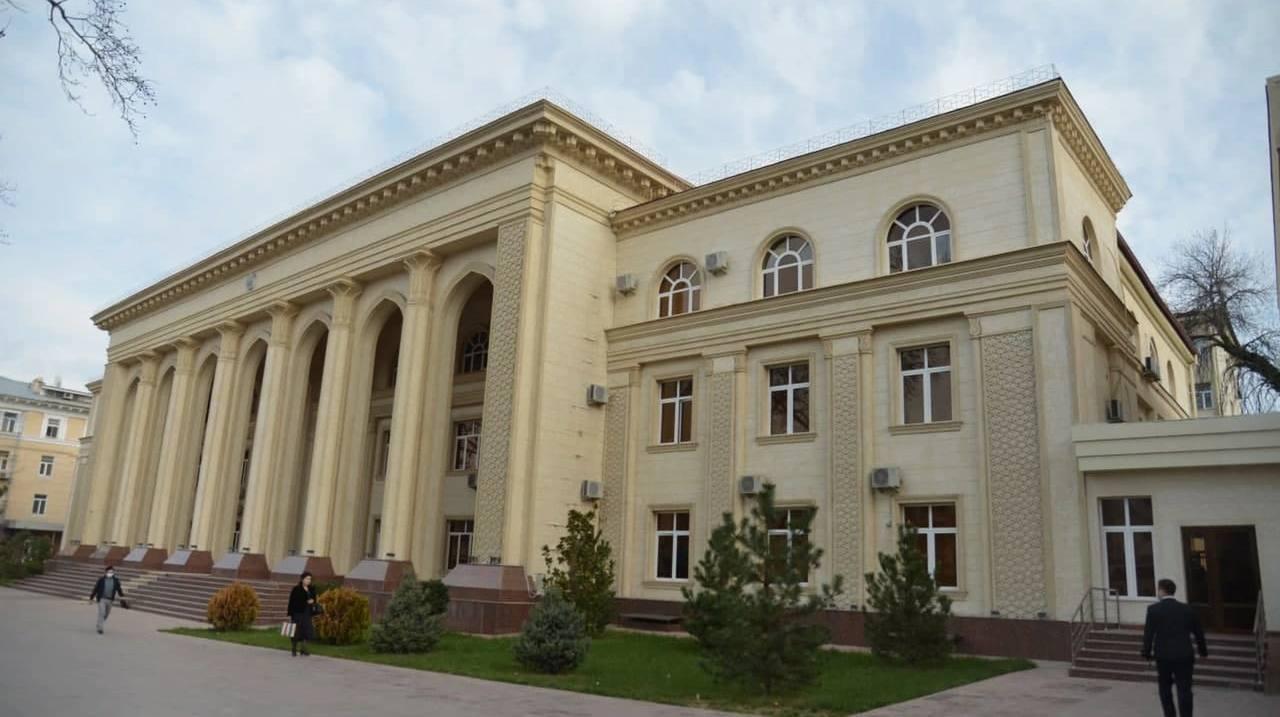 Министерство здравоохранения теперь находится в другом здании — фото