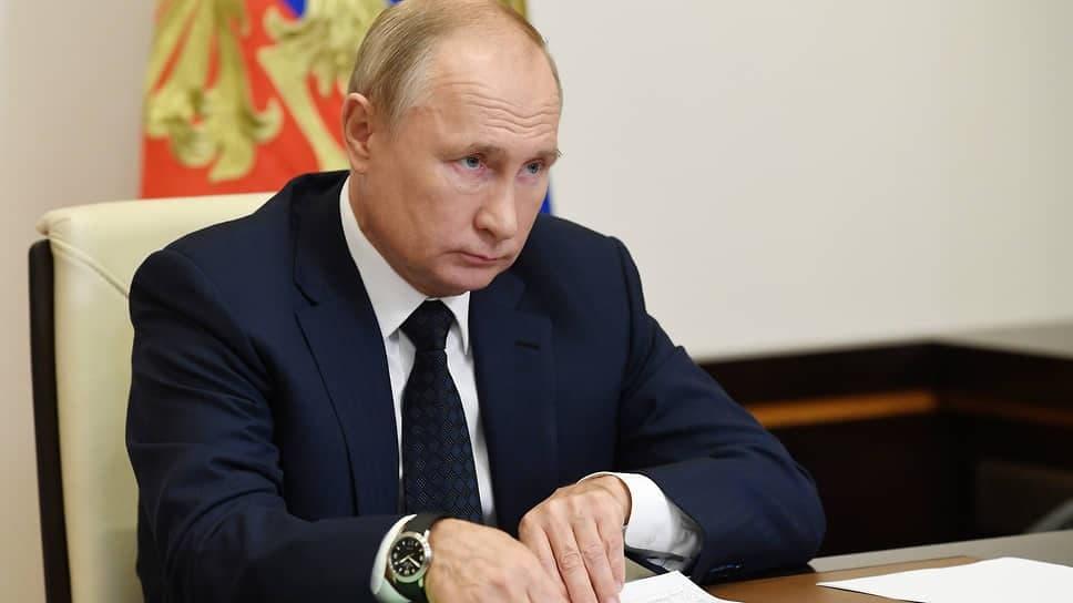 Владимир Путинсделал прививку от коронавируса