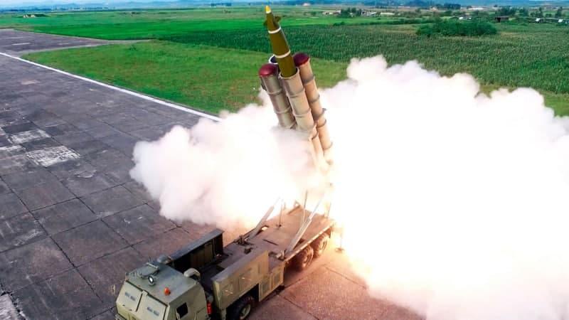 КНДРзапустила баллистическую ракету в сторону Японии