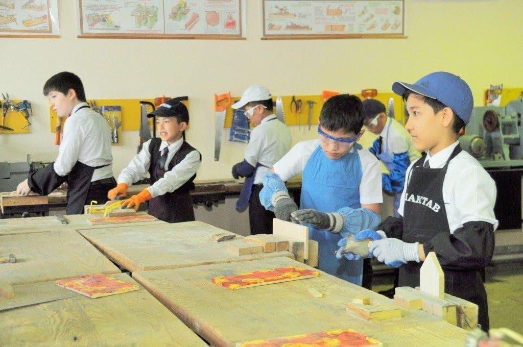 В Узбекистане могут организовать курсы профессионального обучения в спецшколах