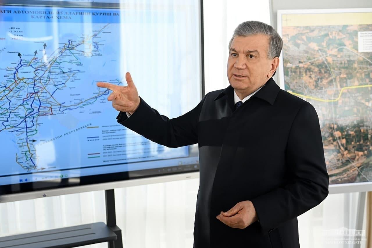 Шавкат Мирзиёев ознакомился со строительной работой в Чирчике