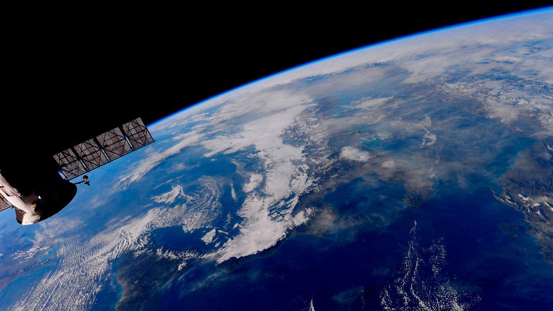 Франция впервые начала военные учения в космосе