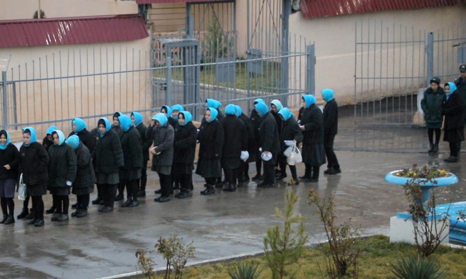 В преддверии 8 марта в Узбекистане освободили 14 осужденных женщин