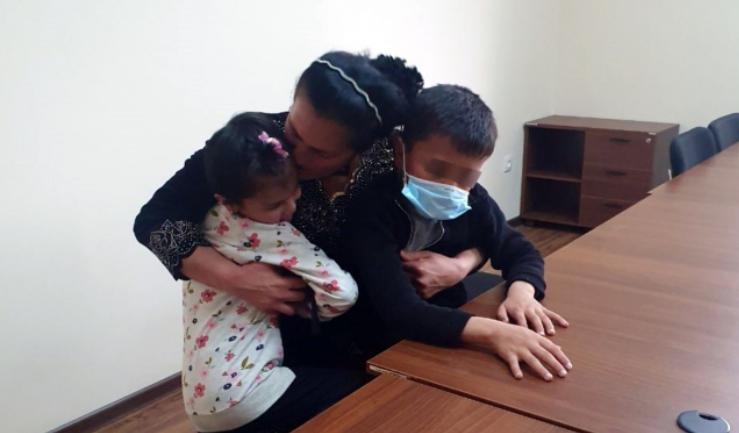 В Ташобласти отец прятал детей от матери 11 месяцев