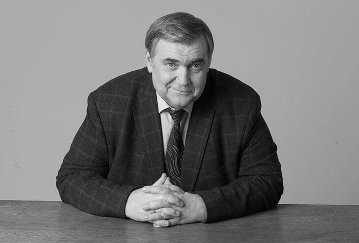 Умер спортивный комментатор Юрий Розанов